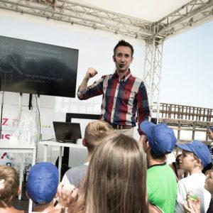 Radek Brzózka pokaz naukowy