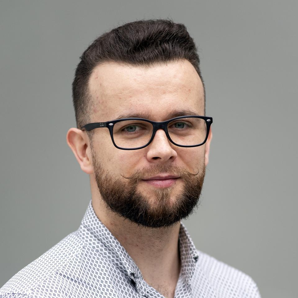 dr Mariusz Gogól